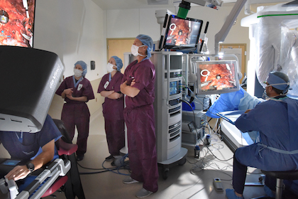 UT Southwestern leads the way in single-incision surgery