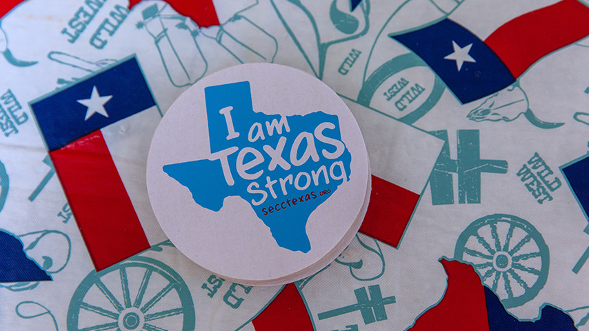 Button that says I am Texas Strong