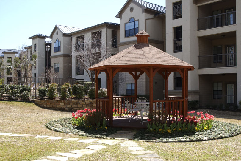 Medical Park Apartments With A Gazebo In Common Area