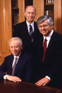 Drs. Joseph Goldstein (seated), Donald Seldin (center) and Michael Brown won Research!America's inaugural Builders of Science Award for their achievements, which include developing <br>UT Southwestern into one of the world's premier research institutions.