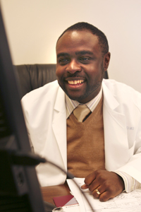 Dr. Joseph Ravenell has received a Harold Amos Medical Faculty Development Award from the Robert Wood Johnson Foundation. The award recognizes recipients who are committed to pursuing academic careers, serving as role models for students and fellow faculty, decreasing health disparities, and improving the health and well-being of the underserved.