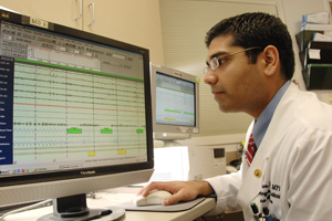Dr. Nilesh Davé is medical director of the new Sleep and Breathing Disorders Center, which offers a comprehensive team of experts in pulmonary medicine, neurology, psychiatry, pediatrics, otolaryngology, surgery and rehabilitation medicine to manage all sleep problems and breathing difficulties due to neurologic and musculoskeletal disorders in adults.