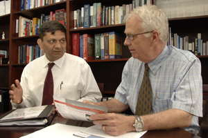 Drs. Madhukar Trivedi (left) and John Rush are beginning a national clinical trial to test the effectiveness of multiple-medication treatment of depression.