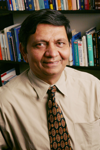 Dr. Madhukar Trivedi, professor of psychiatry at<br>UT Southwestern and senior author of a study published in the May issue of the <em>American Journal of Psychiatry.</em>