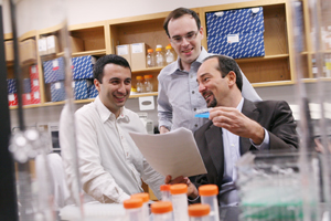 Dr. Roberto Coppari (right), along with Drs. Giorgio Ramadori (left), Laurent Gautron and other colleagues, have demonstrated in mice that the brain plays an important role in mediating anti-diabetic actions of resveratrol, a naturally produced molecule.