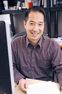 Dr. Benjamin P. Tu received a three-year, $450,000 grant for research with the potential to significantly impact cancer prevention, diagnosis and treatment.
