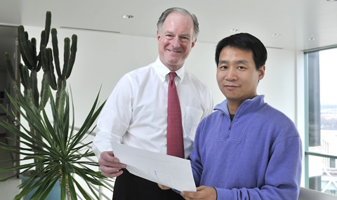 Dr. Joseph A. Hill, (left) Chief of Cardiology and senior author of the study, and Dr. Zhao Wang, a postdoctoral research fellow and the study's first author.