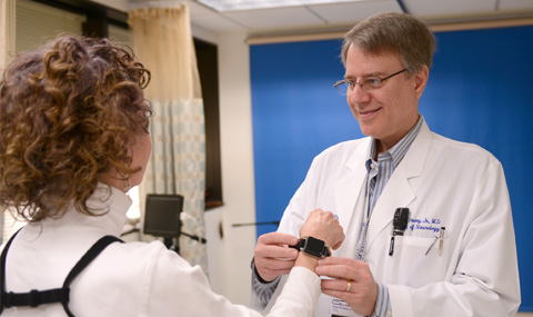 Neurologists find movement tracking device helps assess