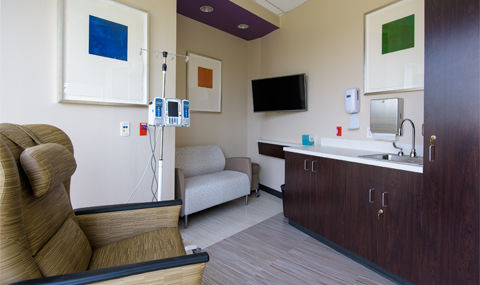 Moncrief Cancer Institute infusion room