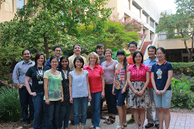 Group photo of the Kraus Lab, 2011