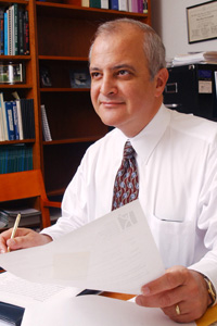 Dr. Ramon Diaz-Arrastia, professor of Neurology at UT Southwestern