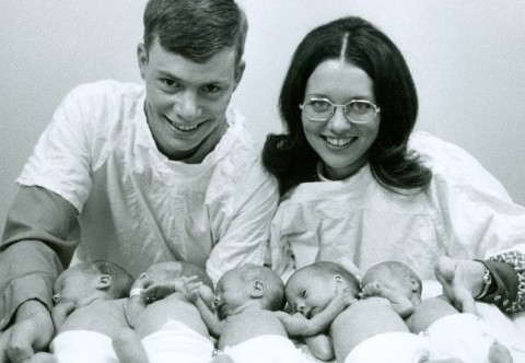 1st quintuplets in North America to all survive, born in the Parkland NICU