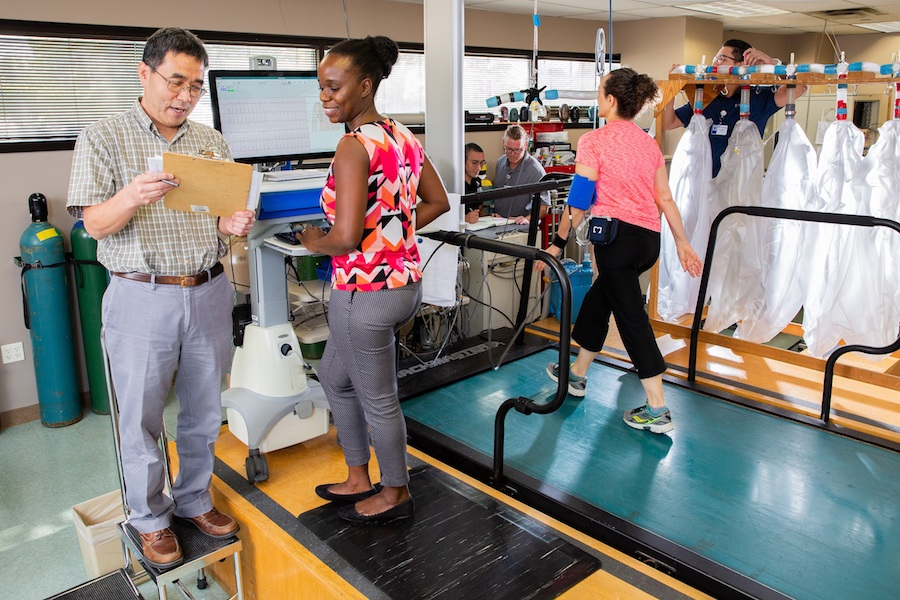 Dr. Rong Zhang reviews data at the Institute for Exercise and Environmental Medicine (IEEM).