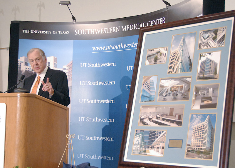 In recognition of his landmark gift, UTSouthwestern's 800,000-square-foot medical research and education facility on North Campus is named the T. Boone Pickens Biomedical Building.