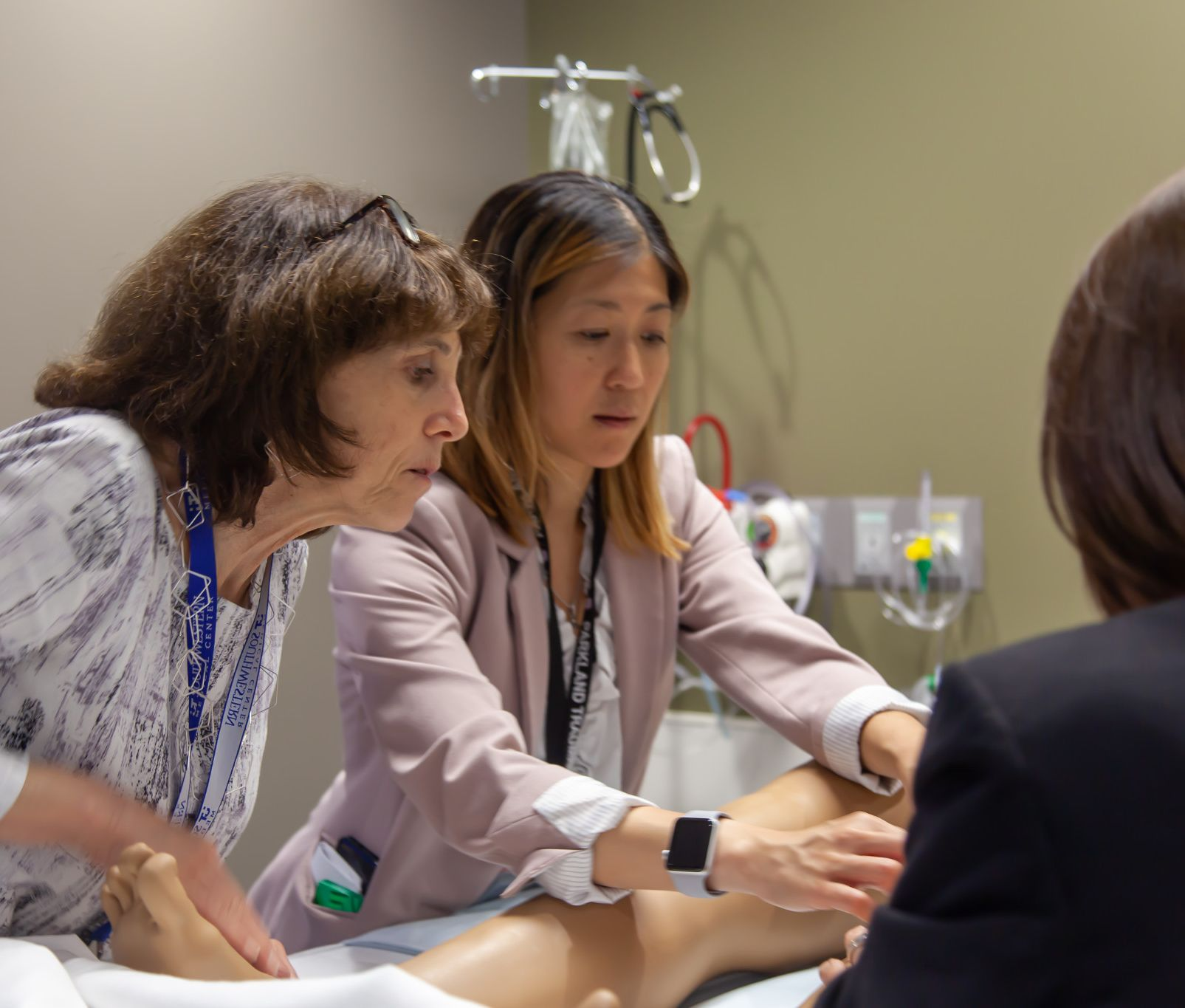 Dr. Caroline Park led a study finding complex simulated surgery training can help trainees and their care teams shave critical minutes off lifesaving trauma interventions in real care settings.